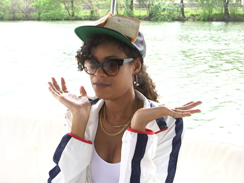 "AlunaGeorge ""In Control"" at SXSW"