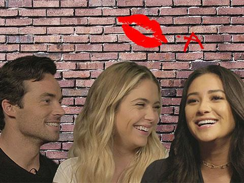 """""""Pretty Little Liars"""" Cast Recall Most Shocking Moments"""